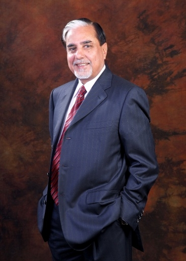 Dr.Subhash Chandra to receive the CIF Chanchlani Global Indian Award