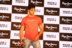Pepe Jeans signs Sidharth Malhotra as Brand Ambassador