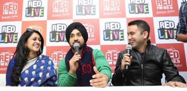 Punjabi Gabru Diljit Dosanjh puts the stage on fire at RED LIVE Swag Fest Season 2