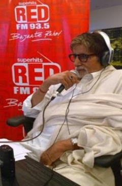 Amitabh Bachchan voices support to Red FM's campaign