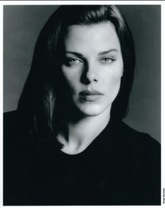 Debi Mazar, Actress and TV Personality, Will Emcee the 2017 New York Festivals World's Best Advertising Awards