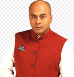CNN-News18's Bhupendra Chaubey Wins Best Anchor (English) at the E4M News Broadcasting Awards 2016