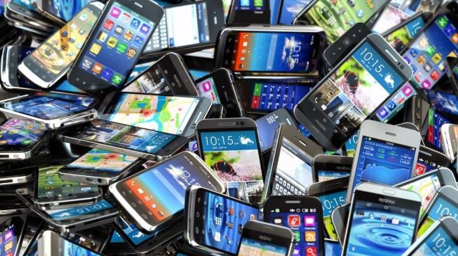Worldwide Smartphone Sales Will Decline 2.5% in 2019
