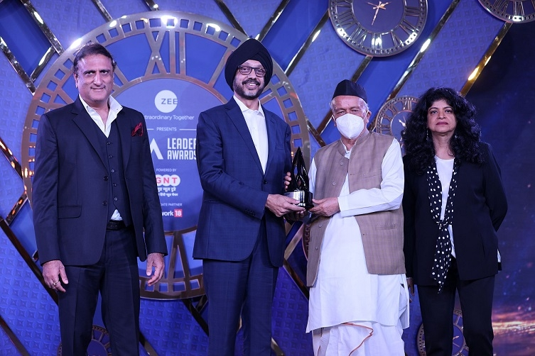 Sony Pictures Networks India's MD & CEO, N.P. Singh honoured as the 'Media Person of the Year 2021' by IAA