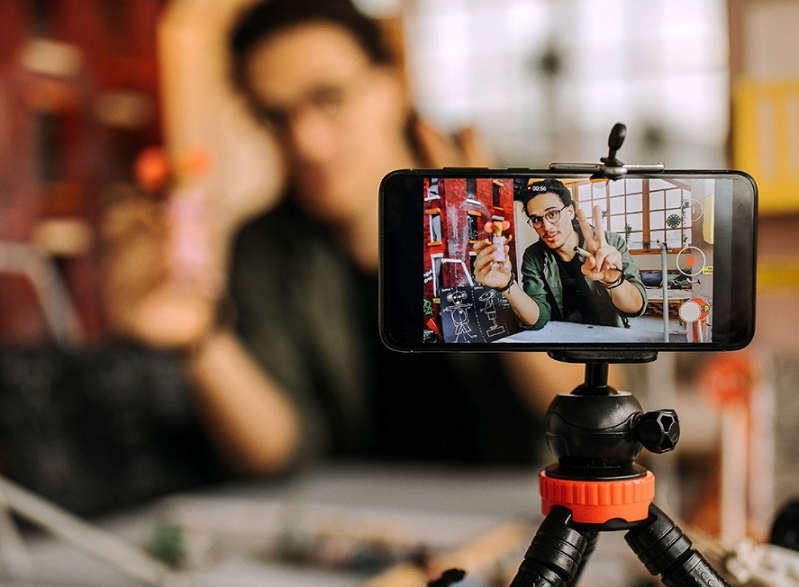 Online Videos in India—The Long and Short of It