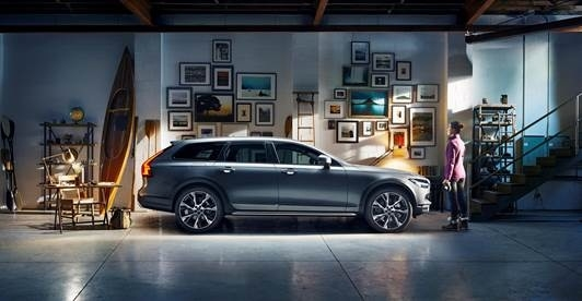 Volvo partners with Google